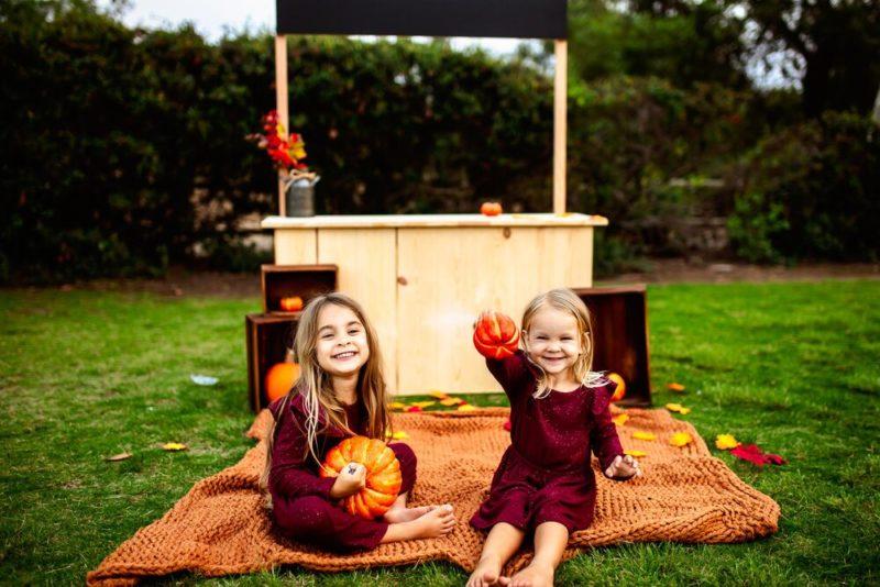 fall pumpkin stand